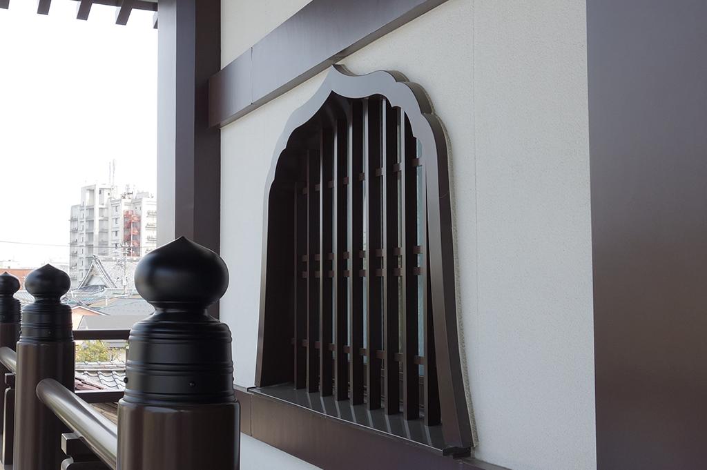 アルミ製 花頭窓(火灯窓)